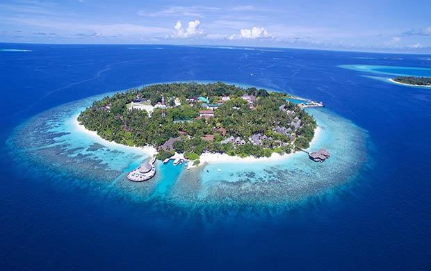 Bandos Maldives 5*