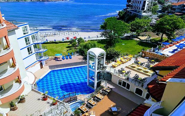 Hotel Villa List 4*