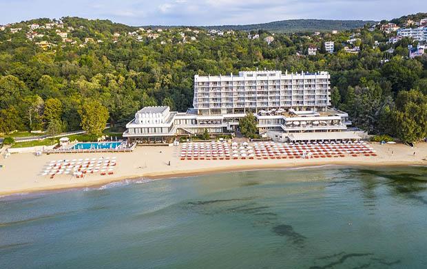 Palace Hotel Sunny Day 5*