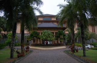 Allamanda Beach Resort 5*