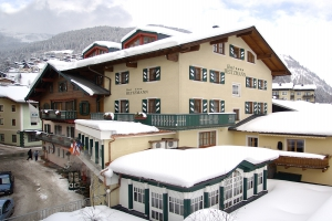 HEITZMANN HOTEL