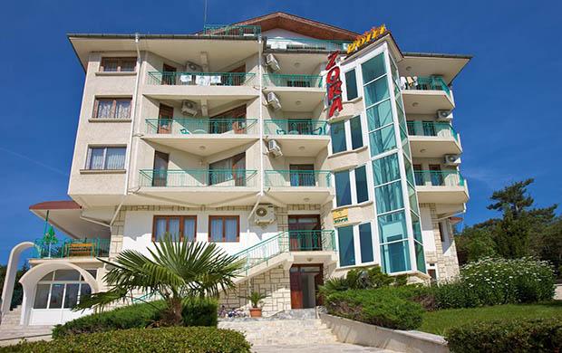 Hotel Zora 3*
