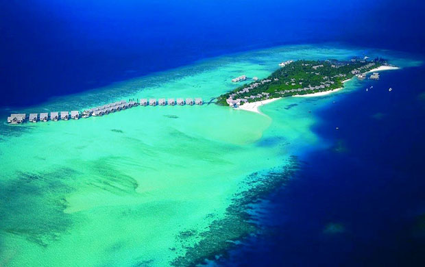 Four Seasons Resort Maldives at Kuda Huraa 5*