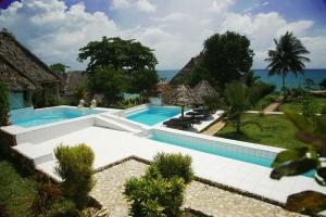 Hakuna Matata Beach Lodge & Spa