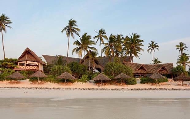 Kena Beach Hotel 4*