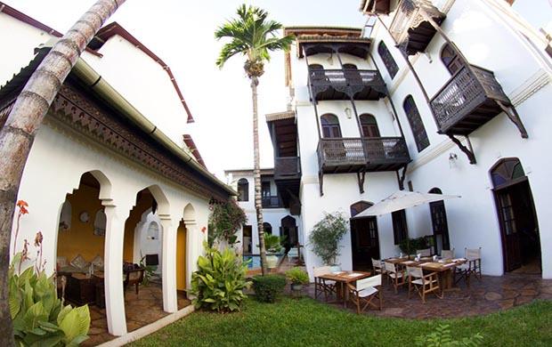 Kholle House 3*