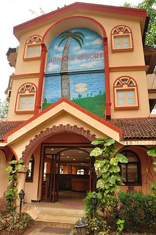 Abalone Resort 2*